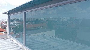 Polycarbonate Shelter and Powder Coated Aluminium Structure