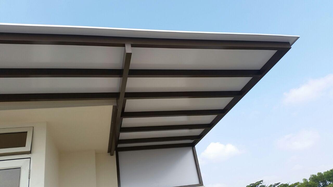 Aluminum Composite Material : Powder coated aluminium structure with composite