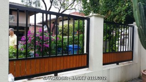 Powder Coated Aluminium Drive Way Gate and Fencing with Wood Grain Design