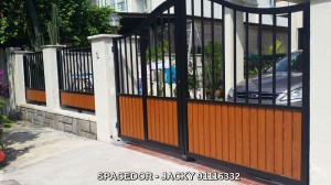 Powder Coated Aluminium Fencing and Drive Way Gate with Grain Designs