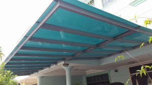 Private Home Powder Coated Aluminium Structure Polycarbonate Shelter