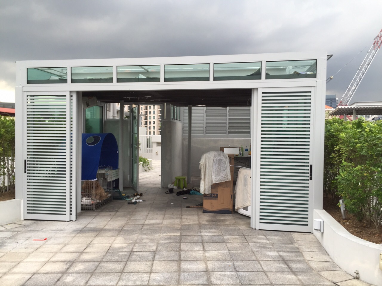 Polycarbonate doors alloy oversized barn door uses for Small sliding glass doors