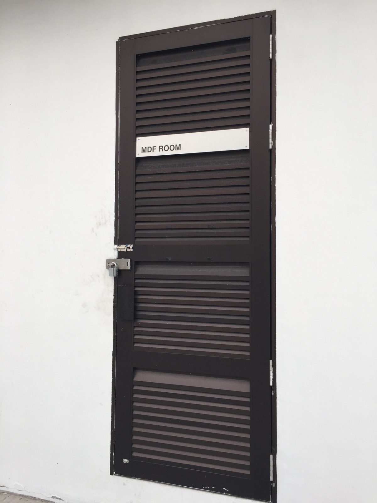 aluminium toilet louvers door spacedor marketing pte ltd : aluminium doors - pezcame.com