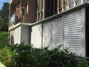 adjustable aluminium louvres door
