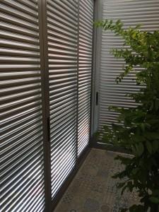 Sliding or casement aluminium louvres door for balcony area