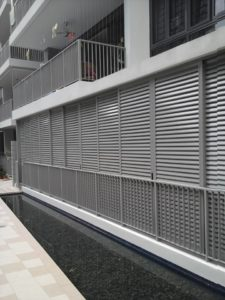 balcony-aluminium-louver-window