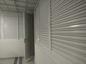 Long lasting aluminium louver for your balcony and PES areas