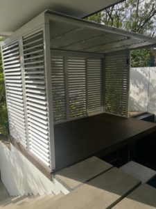 Flippable Louver for Balcony